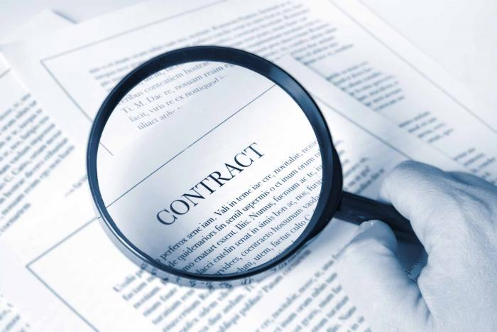 What are the skills of a good contract administrator for a construction project?